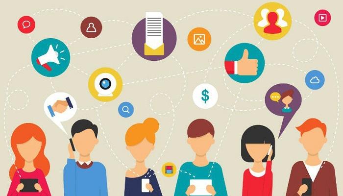 Marketer có thể tiếp thị hóa cá nhân thông qua đề xuất sản phẩm thông minh trên Internet hoặc Email Marketing