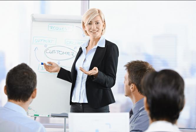 Kỹ năng giao tiếp tạo ra lợi thế thuyết phục khách hàng lựa chọn thương hiệu của mình