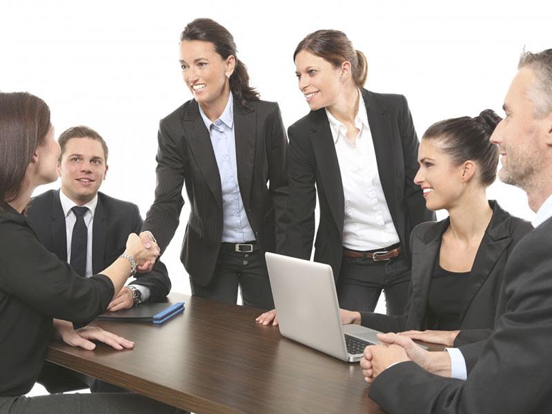 Lập công ty con tại nước ngoài là cách tiếp xúc khách hàng thuận lợi nhất