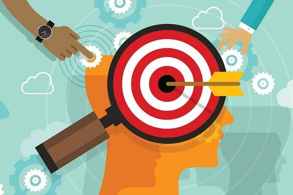 Mục tiêu thuyết phục phải chi tiết hơn so với mục tiêu tạo sự quan tâm